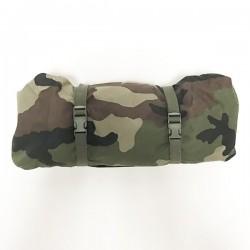 Sur sac de couchage sarcophage camouflage fermé de face haut