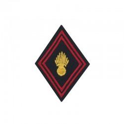 Ecusson bras brodé rouge et or de l'infanterie