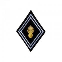 Ecusson de bras losange pour officier et sous-officier brodé transmission en or et gris sur un fond noir