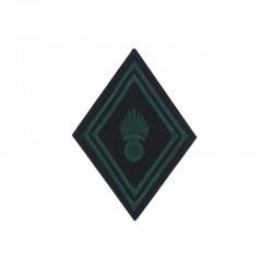 Ecusson de bras losange brodé vert armée sur un fond noir pour soldat, caporal et caporal chef de Troupe ABC Char de combat