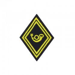 Ecusson de bras losange Troupe Chasseur brodé jaune sur un fond noir